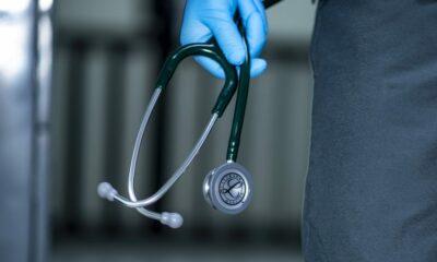 doktor liječnik stetoskop